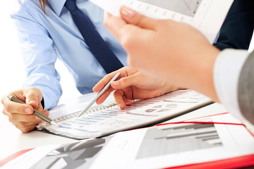 Плюсы и минусы помощи посредника при получении кредита